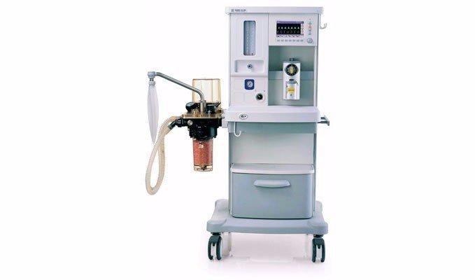 Carro de anestesia con respirador autom tico quiruvet sl for Mesa quirofano veterinaria